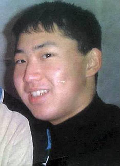 Kim Jong-unista on olemassa hyvin vähän valokuvia.