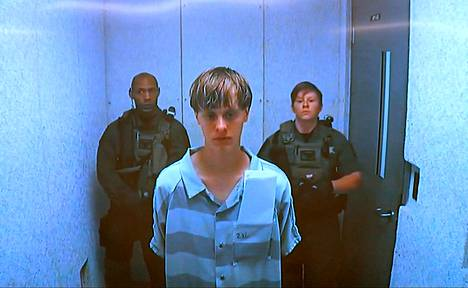 Epäilty Dylann Storm Roof on 21-vuotias.