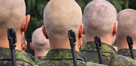 Mitä Mukaan Armeijaan