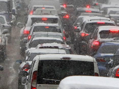 Euroopan suuret kaupungit kärsivät liikenteen ruuhkautumisesta.