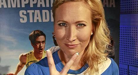 Inka Henelius suunnittelee häitä kesälle 2012.