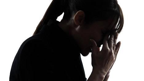 Krooninen väsymysoireyhtymä on vakavasti elämää rajoittava fyysinen eli elimellinen sairaus, jota psyykkiset syyt eivät selitä.