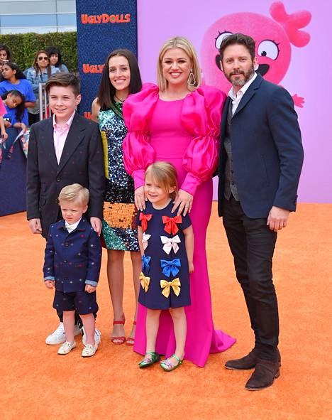 Seth, Savannah, Remington ja River Blackstock vanhempiensa Kelly Clarksonin ja Brandon Blackstockin kanssa vuonna 2019.