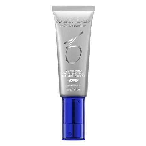 ZO Skin Health -sarjan aurinkosuojatuotteet lupaavat antaa laaja-alaisen suojan UVA- ja UVB-säteilyä, HEV- eli näkyvää valoa ja infrapunasäteilyä vastaan. Oclipse Smart Tone Broad Spectrum SPF 50, 93,90 € / 45 ml.