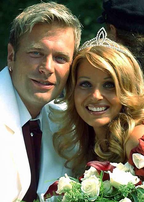 Kesällä 2003 Tauski avioitui laulaja Virpi Kätkän kanssa. Avioliitto päättyi vuonna 2009.