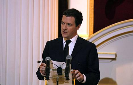 Valtiovarainministeri George Osborne otti voimakkaasti kantaa julisteeseen.