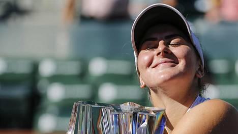 Sijoittamattomana turnaukseen osallistunut Bianca Andreescu, 18, kolasi kaikki muut Indian Wellsissä, Kaliforniassa.