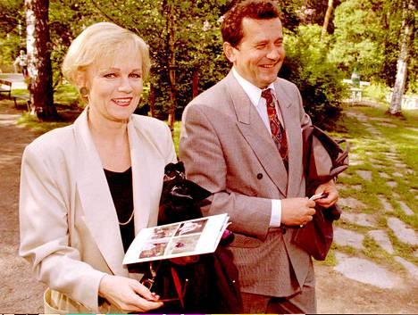 Katri Helena ja Panu Rajala Pyynikin kesäteatterissa 1995.