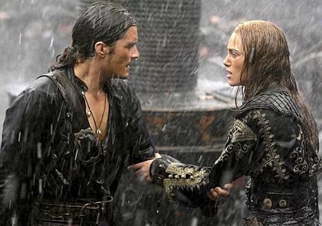 Orlando Bloom ja Keira Knightley olivat Pirates of the Caribbian -toimintakomedioiden romanttinen pari.