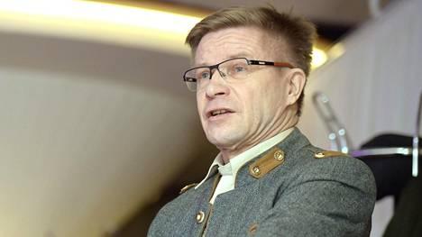 Berliinissä viime kesänä avatun panimoravintola Bryggeri Helsingin johtajaa Pekka Kääriäistä syytetään natsisympatioista.