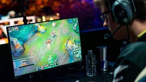 League of Legends on maailman suosituin kilpapeli. Kuvituskuva.
