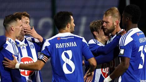 Upeita osumia! HJK tyrmäsi RoPSin, tarrasi kaksin käsin Suomen mestaruuteen
