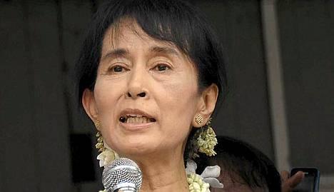 Sotilasjuntta vapautti Nobel-palkitun Suu Kyin seitsemän vuoden kotiarestista viime marraskuussa.