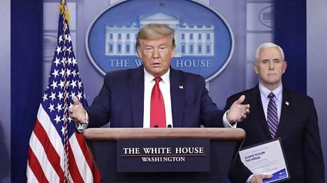 Presidentti Donald Trump ja varapresidentti Mike Pence puhuivat Yhdysvaltojen koronavirustilanteesta torstaina.