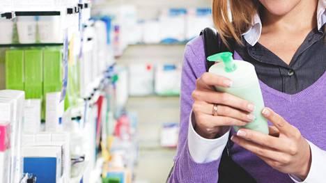Apteekin ihonhoidon asiantuntijat törmäävät päivittäin suomalaisten ihonhoitotottumuksiin.