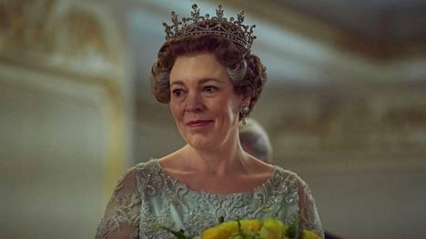 Olivia Colman näyttelee kuningatarta menestyssarjan uusimmilla kausilla.