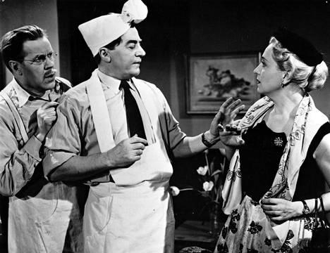 Edwin Laine, Joel Rinne ja Ansa Ikonen elokuvassa Rakas lurjus 1955.