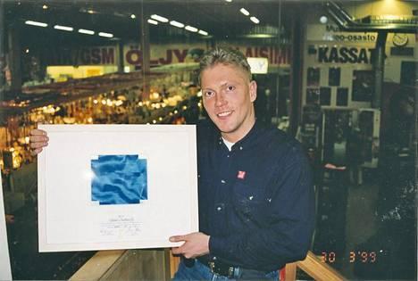 Vesa poseerasi vuonna 1999.