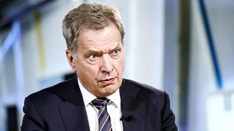 Sauli Niinistö korostaa Financial Timesin haastattelussa, että Suomi ei suhtaudu Venäjään pehmeästi.