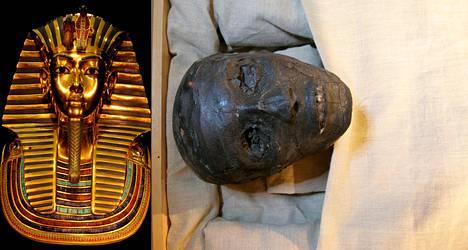 Kairon egyptiläisessä museossa säilytettävä Tutankhamonin kultainen kuolinnaamio painaa peräti 11 kiloa. Naamion alta paljastuivat nuoren faaraon kasvot.