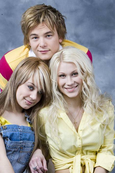 Kristiina Brask kilpaili Idolsissa samalla kaudella Anna Abreun ja Panu Larnoksen kanssa (kuvassa). Voiton vei Ari Koivunen, toiseksi tuli Abreu ja kolmanneksi Kristiina.