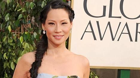 Lucy Liu piti puoliaan vuoden Charlien enkeleiden kuvauksissa.