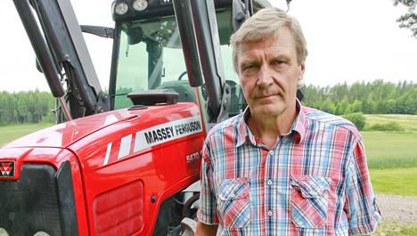 Markku Tuokko kotimaisemissaan Lohjalla kesällä 2011.