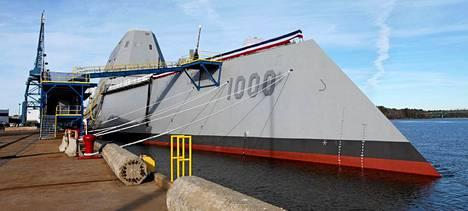 Uusi hävittäjäalus USS Zumwalt.
