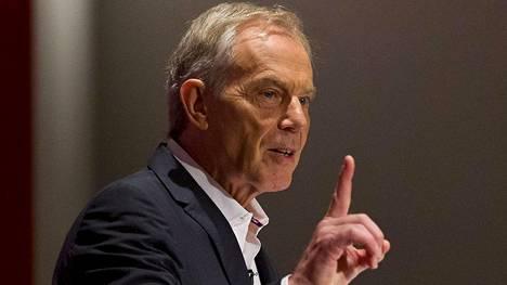 Tony Blair toimi Britannian pääministerinä vuosina 1997–2007. Häntä pidetään Irakin sodan yhtenä keskeisenä arkkitehtinä Yhdysvaltain presidentin George W. Bushin ohella.