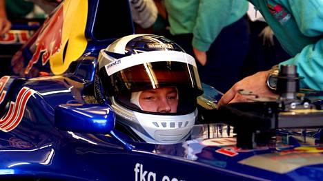 Kimi Räikkönen aloitti F1-uransa Sauberin tallissa vuonna 2000.