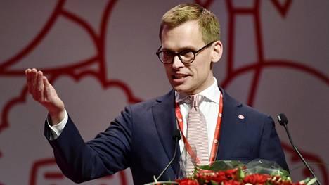36-vuotias Antton Rönnholm on Sdp:n uusi puoluesihteeri.