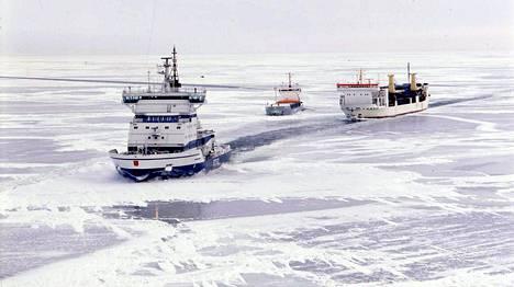 Suomalainen jäänmurtajayhtiö Arctia lähettää jäänmurtajansa Otson heinäkuussa johonkin päin arktista aluetta avustamaan öljyn etsimisessä.