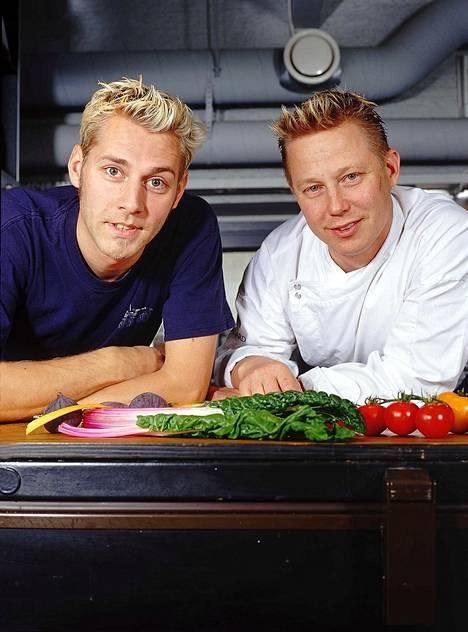 Sukula (oik.) muistetaan muun muassa vuosina 1999–2004 esitetystä Kokkisota-ohjelmasta, jossa hän kisasi esimerkiksi Harri Syrjäsen kanssa.