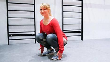 Kyykkytesti paljastaa 30 sekunnissa, ovatko jalkasi tarpeeksi vahvat – kokeile, yllätkö ikäryhmäsi tasolle