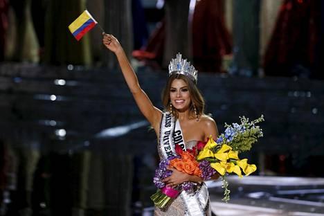 Miss Kolumbia Ariadna Gutiérrez iloitsi vastakruunattuna Miss Universumina. Mutta onnea kesti vain hetken...