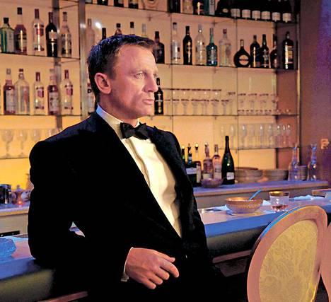 Daniel Craigin karu 007 on kriitikoiden kehuma.