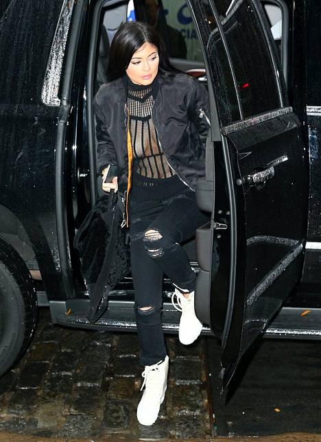 Kylie Jenner, 18, nousi muhkeasta jenkkimaasturista...