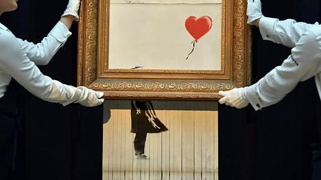 Banksyn tuhoutunut taideteos on herättänyt kohun taidemaailmassa.