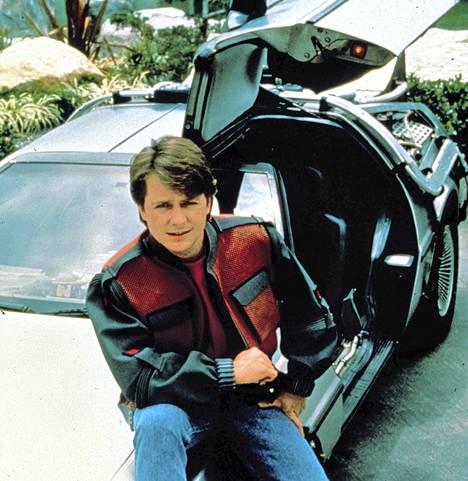 Michael J. Foxin Paluu tulevaisuuteen -trilogia on historian tunnetuimpia aikateemaelokuvia.