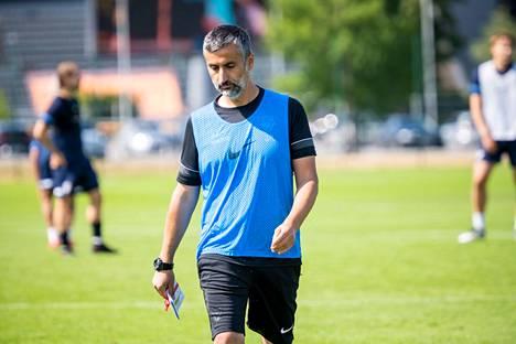 Valmentaja Jose Riveiron ja vanhan seurajohdon välit tulehtuivat talvella, kun Elias Mastokangas lainattiin valmentajan selän takana Maarianhaminaan.