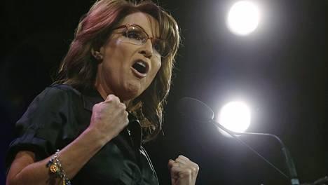 Teekutsuliikkeen Sarah Palin improvisoi Iowassa outoja kielikuvia.