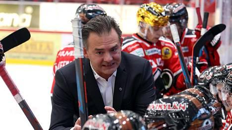 Mikael Kotkaniemen ura Ässien päävalmentajana on ohi.