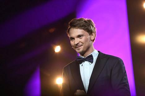 Salminen kertoi MTV:lle, että hänen esikoisensa saa astua itse julkisuuteen, jos niin haluaa.