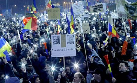 Mielenosoitukset ovat olleet suurimpia Romaniassa vuoden 1989 jälkeen.
