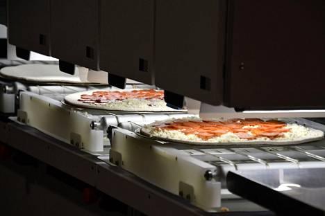 Pizzanpaistaminen ei ole välttämättä enää kauaa ihmisten työtä. Picnicin robotti valmistaa yli 80 pizzaa tunnissa.