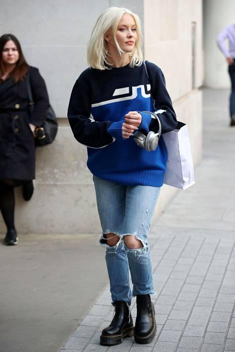 Zara Larsson maihareissa.