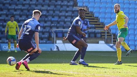 Teemu Pukki teki Norwichin ensimmäisen maalin sunnuntaina.