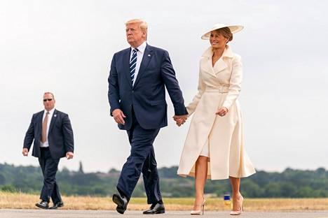 Jill Bidenin tyyli poikkeaa Melania Trumpin ulkoasusta huomattavasti.