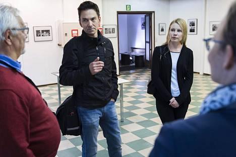 Historiaa on hyvä säilyttää ainakin pieni pala, tuumivat Savonia-ammattikorkeakoulun opiskelijat Anssi Kärki ja Maaret Mustonen.