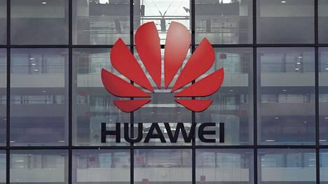 Yhdysvaltain kauppa- ja puolustusministeriöiden näkemykset Huawein asemasta poikkeavat toisistaan.